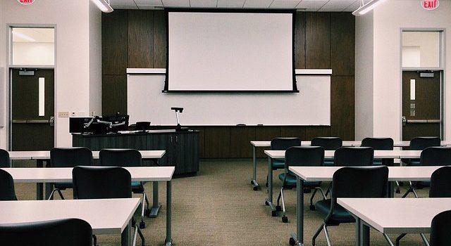 Einrichtung des Klassenzimmers